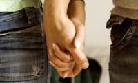 Как заставить парня бегать за тобой — секреты и техники