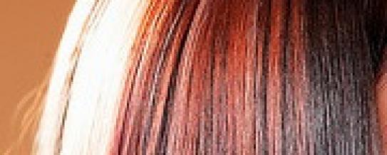Как перекрасить волосы из темного в светлый