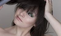 Как завить волосы выпрямителем — видео