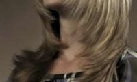 Стрижка волос лесенка