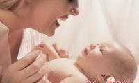 Прыщи на лице у новорожденного