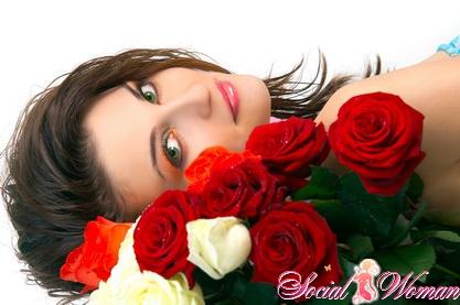 как дольше сохранить срезанные розы в вазе