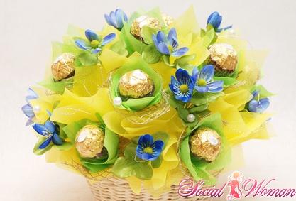 букет из конфет на свадьбу