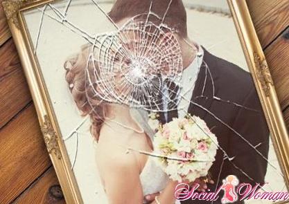Почему муж изменяет жене
